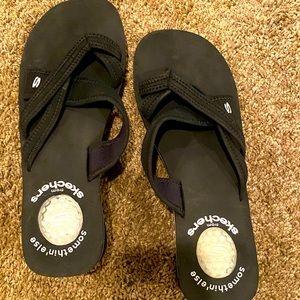 Woman's Skechers slip on sandals